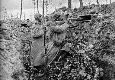 The year 1915 – Putting an end to the trenches