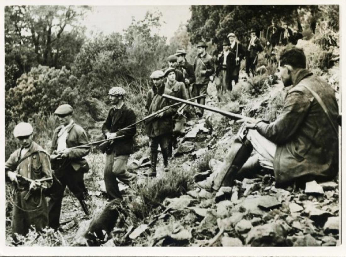 Un groupe de maquisards de la région de Sartene lors de la libération de la Corse en 1943